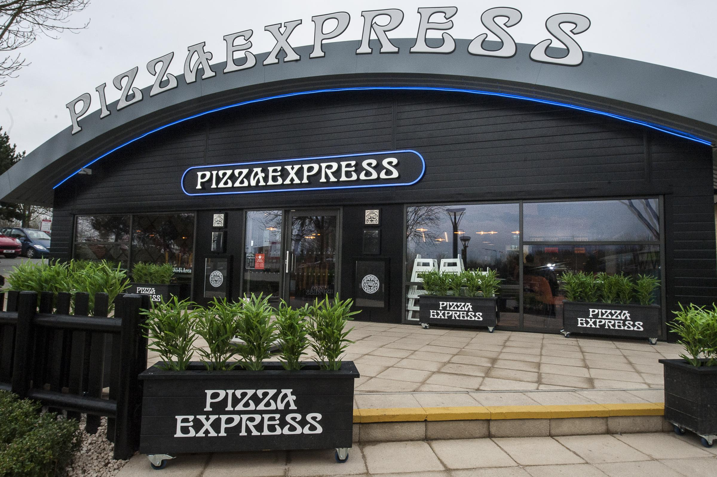 New Pizza Express At M40 Oxford Services Is A Uk First