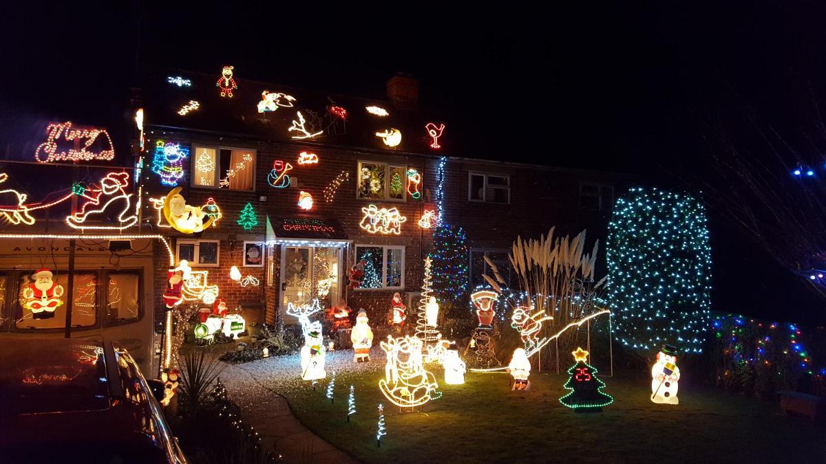 christmas home lighting. CHRISTMAS LIGHTS: We Want To Find Oxfordshire\u0027s Best Home Display Christmas Lighting