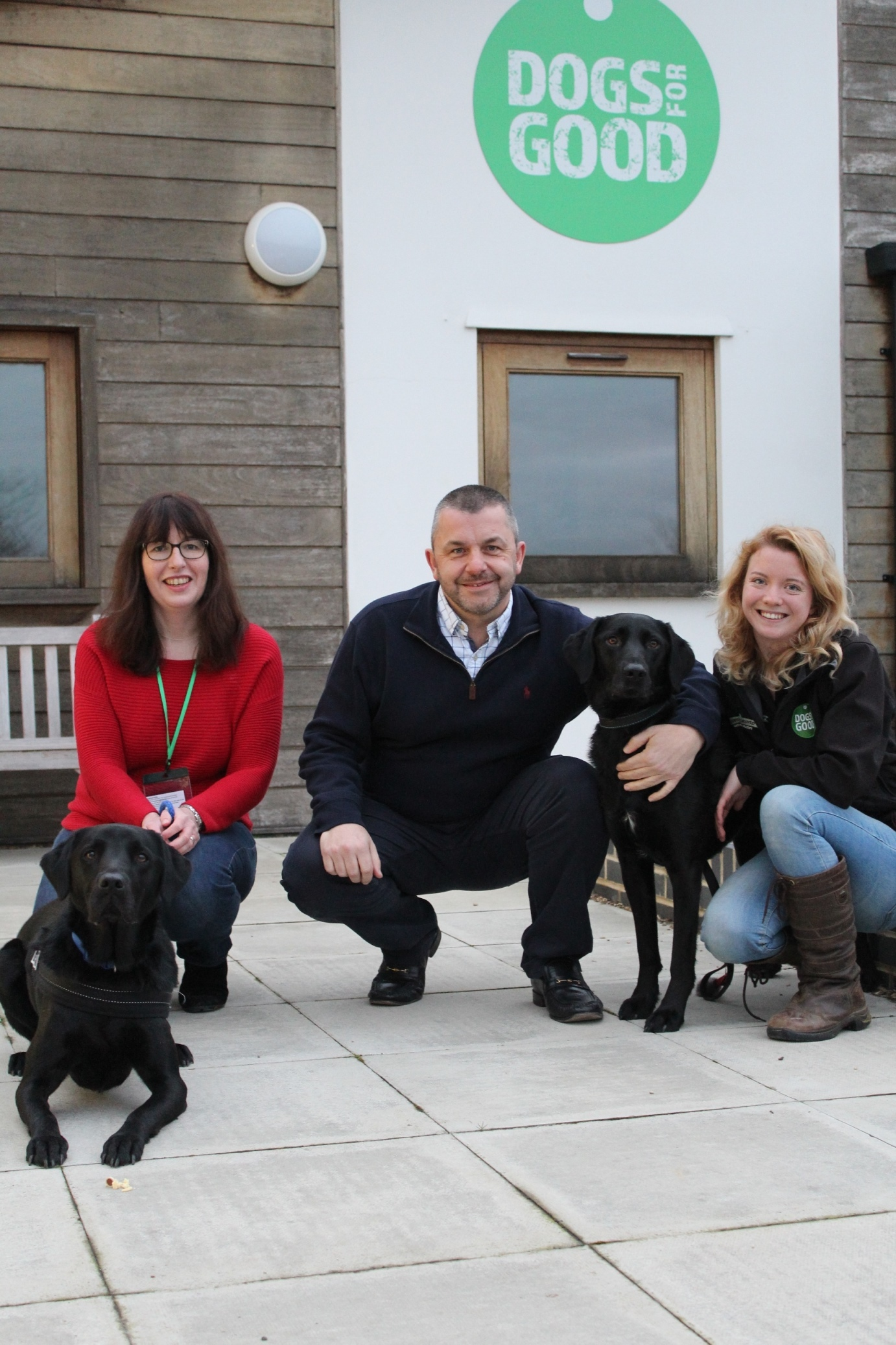 (left to right) Alison Pearce and family dog Harvey, Andrew Keech from Oxfordshire Freemasons with Dogs for Good demo dog, Fidget and Dogs for Good PAWS Family Dog Instructor, Robbie Campbell