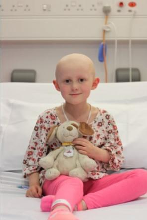 Oxford Mail: Anna Drysdale, 6, who is being treated at Oxford Children's Hospital after being diagnosed with Osteosarcoma in February