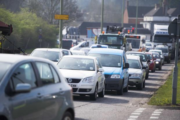 Oxford Mail: The A420 westbound. Traffic queues from Botley road towards Botley interchange. Pic Richard Cave