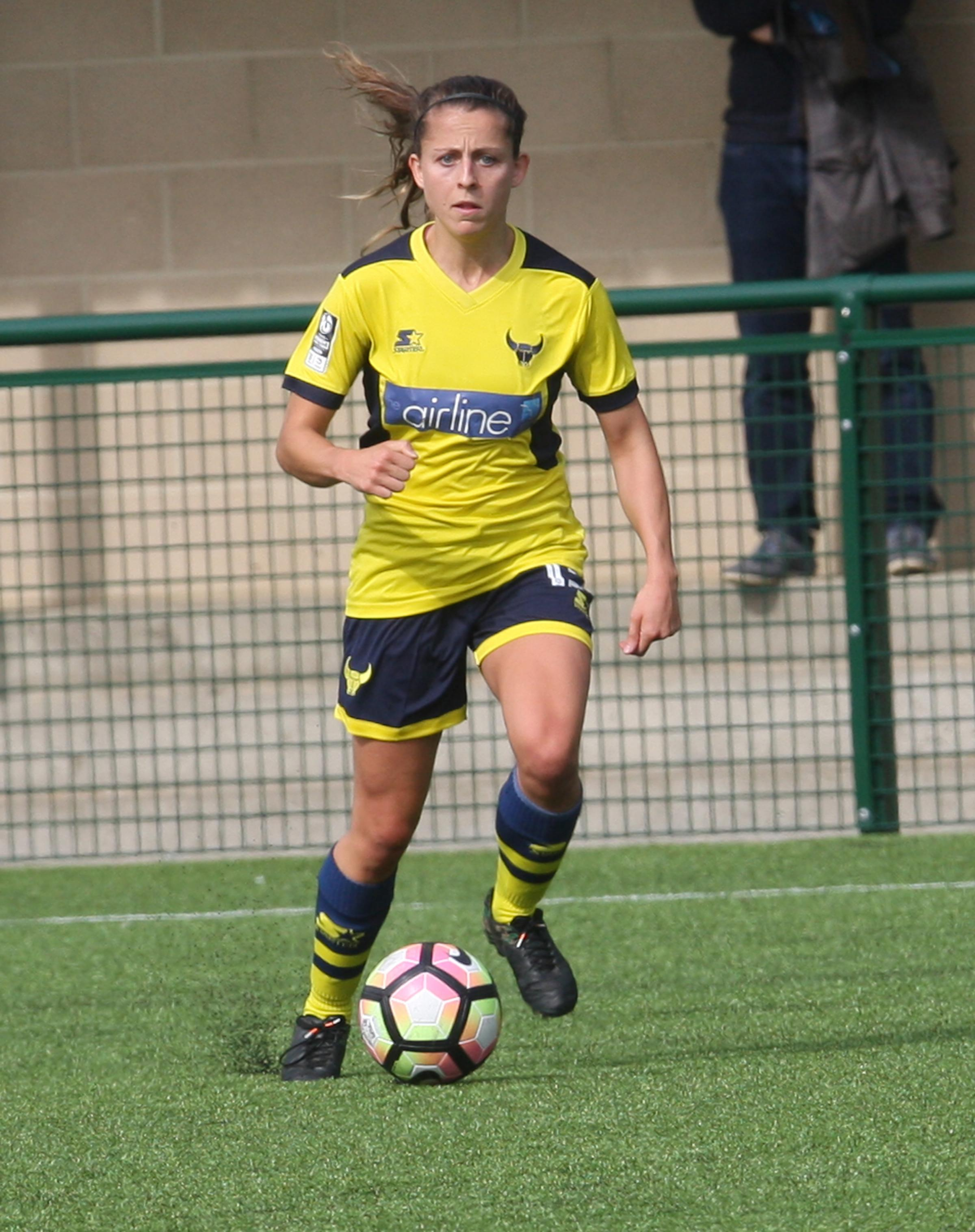 Chloe Chivers pit Oxford United ahead