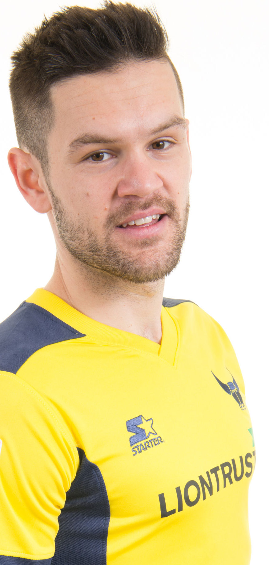 Oxford United midfielder Ivo Pekalski suffered a cruciate knee ligament injury during his first training session with the club