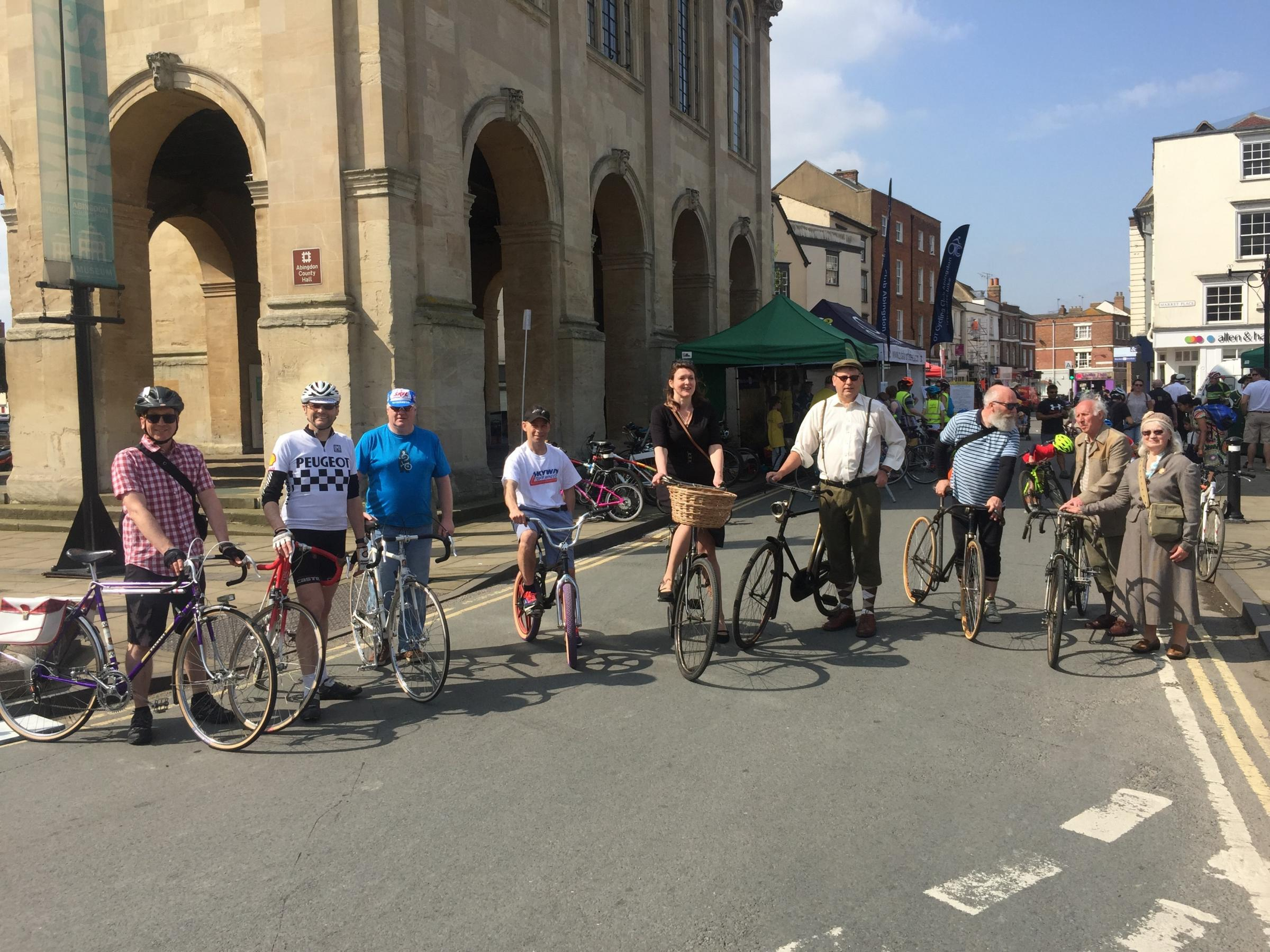 The vintage bike parade assembles in Market Square at Abingdon Cycle Festival 2018