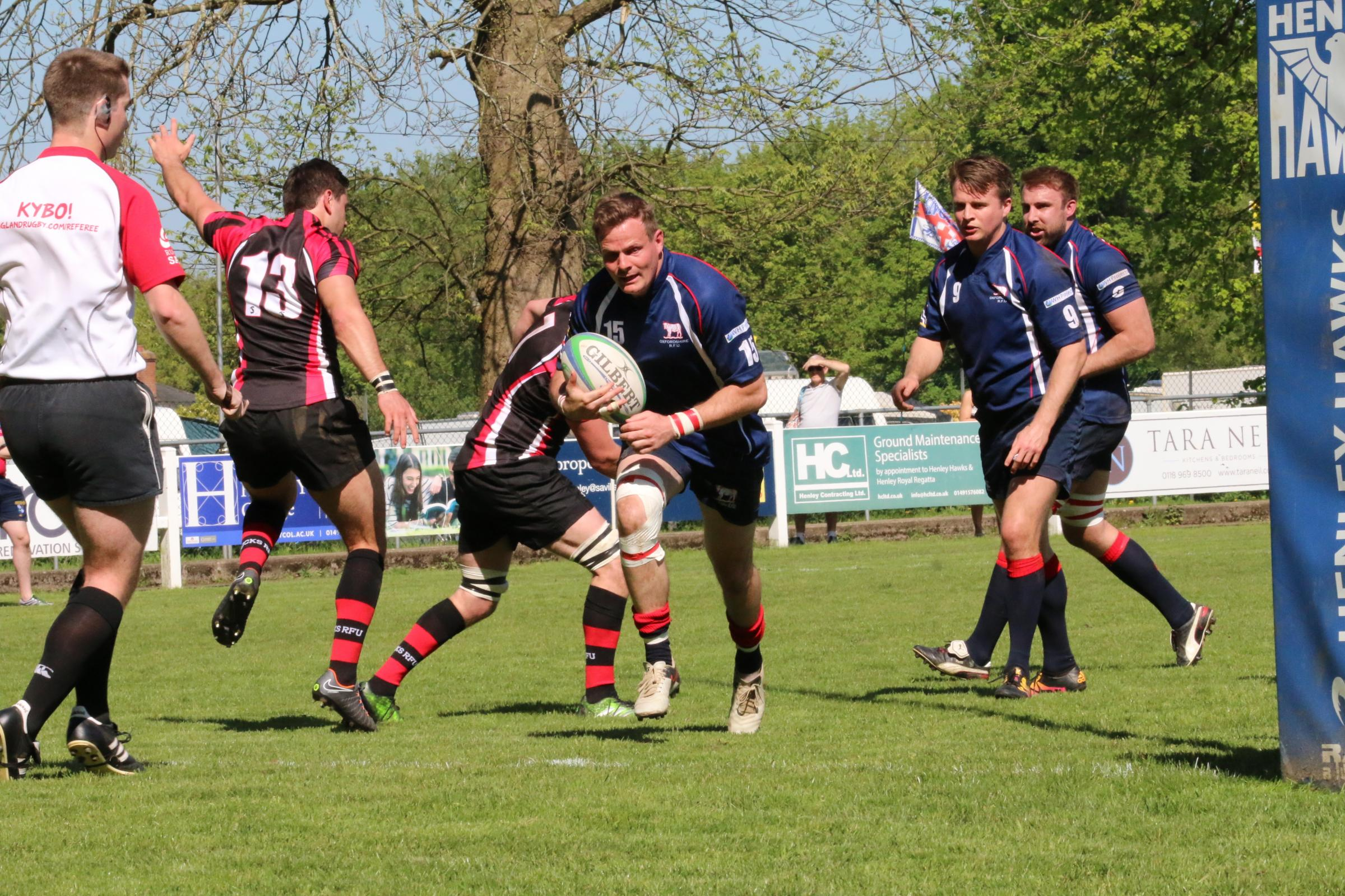 Hat-trick hero Tommy Gray runs in for his second try during Oxfordshire's win over Buckinghamshire Picture: Simon Grieve