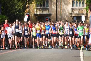 Sun shines on Oxford for annual Town & Gown race - relive the action here