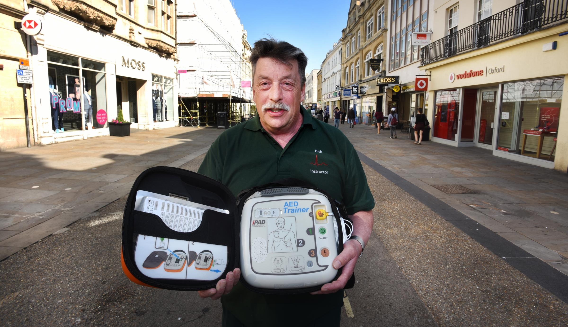 Mr Defibrillator Dick Tracey has called for team work in the city as there are no 24/7 public defibs in the city centre. Nearest is Summertown.