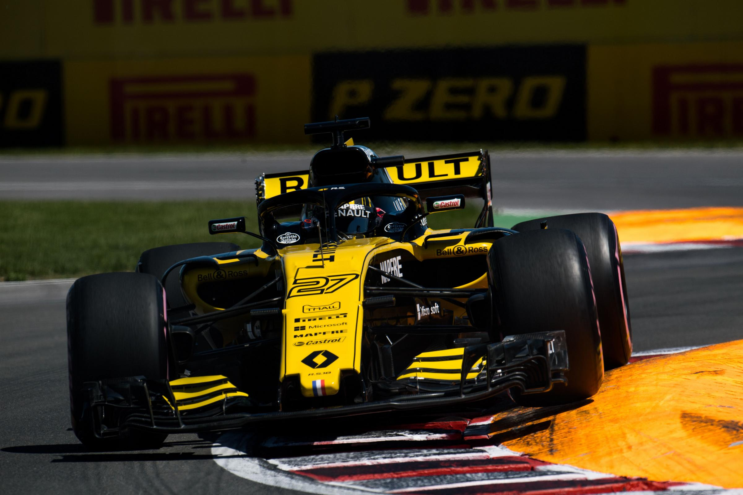 TOP-TEN: Renault's Nico Hulkenberg attacks a corner at the Circuit Gilles Villeneuve on his way to seventh in the Canadian Grand Prix Picture: XPB/James Moy Photography Ltd