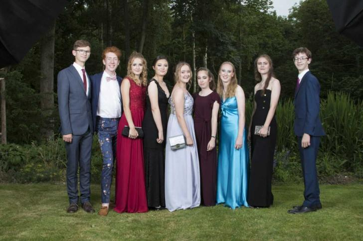Prom Season Swish School Parties Celebrate Class Of 2018 Oxford Mail