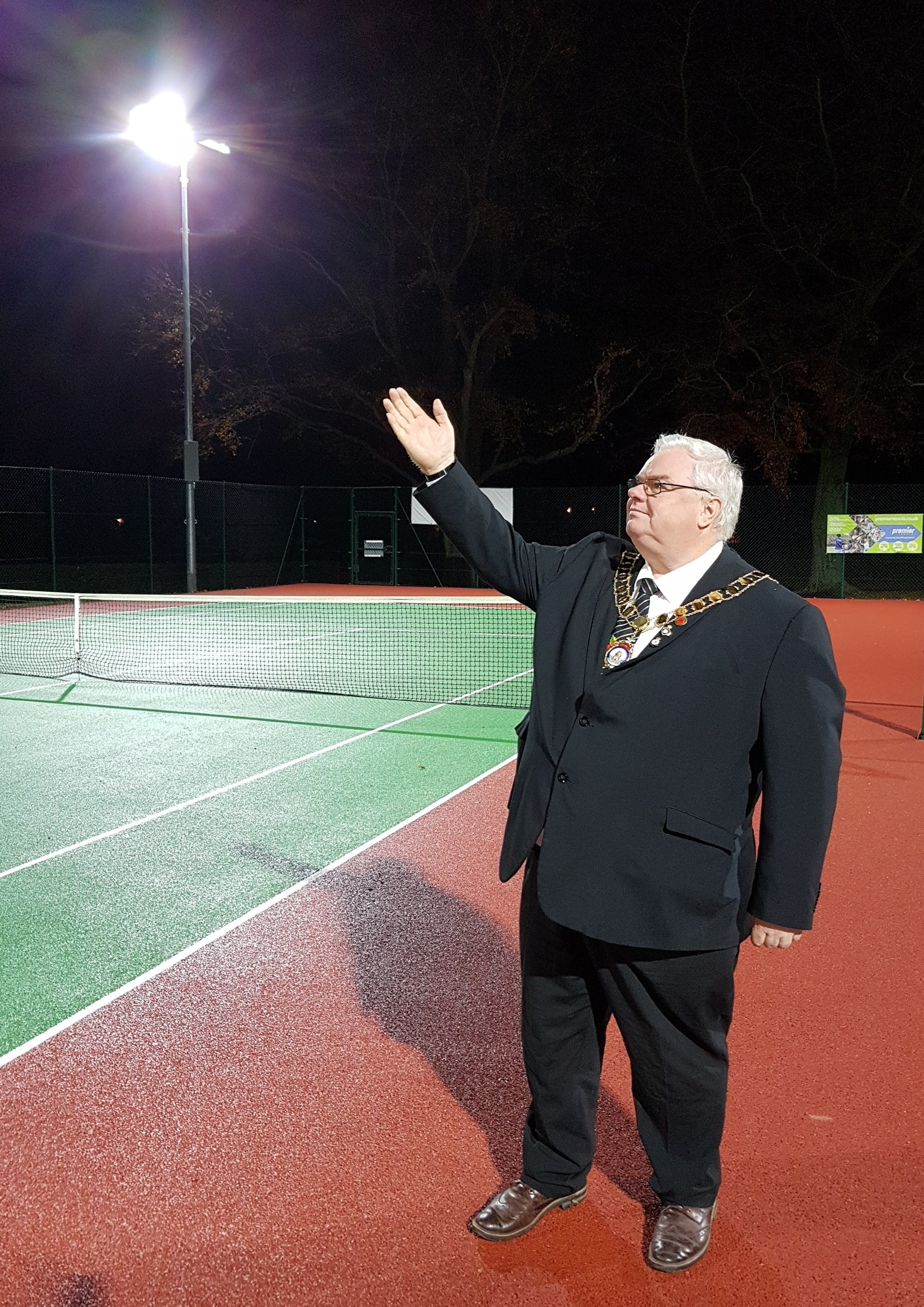 Wantage Mayor Chris McCarthy says 'let there be light' at Wantage Tennis Club. Picture: Mark Rowe