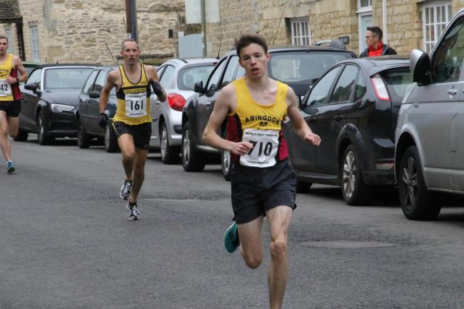 Abingdon runner Calum Steer in action at the Eynsham 10k Picture: Barry Cornelius