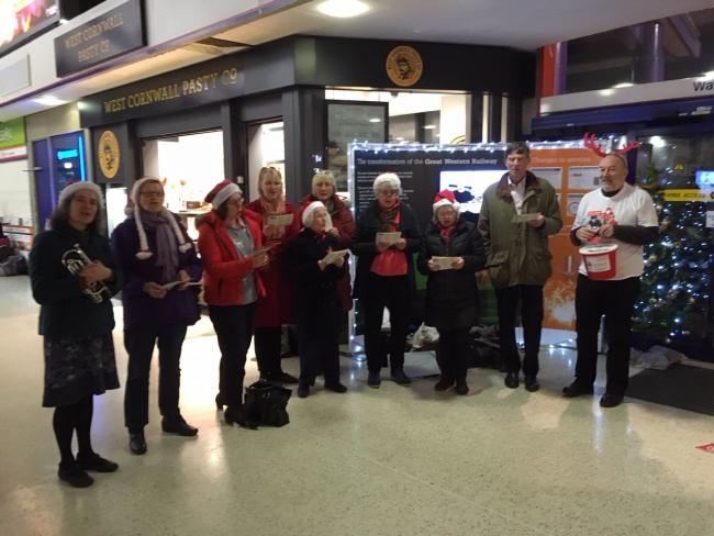 Appleton Singers at Oxford station, to raise money for OxPat. Picture: OxPat