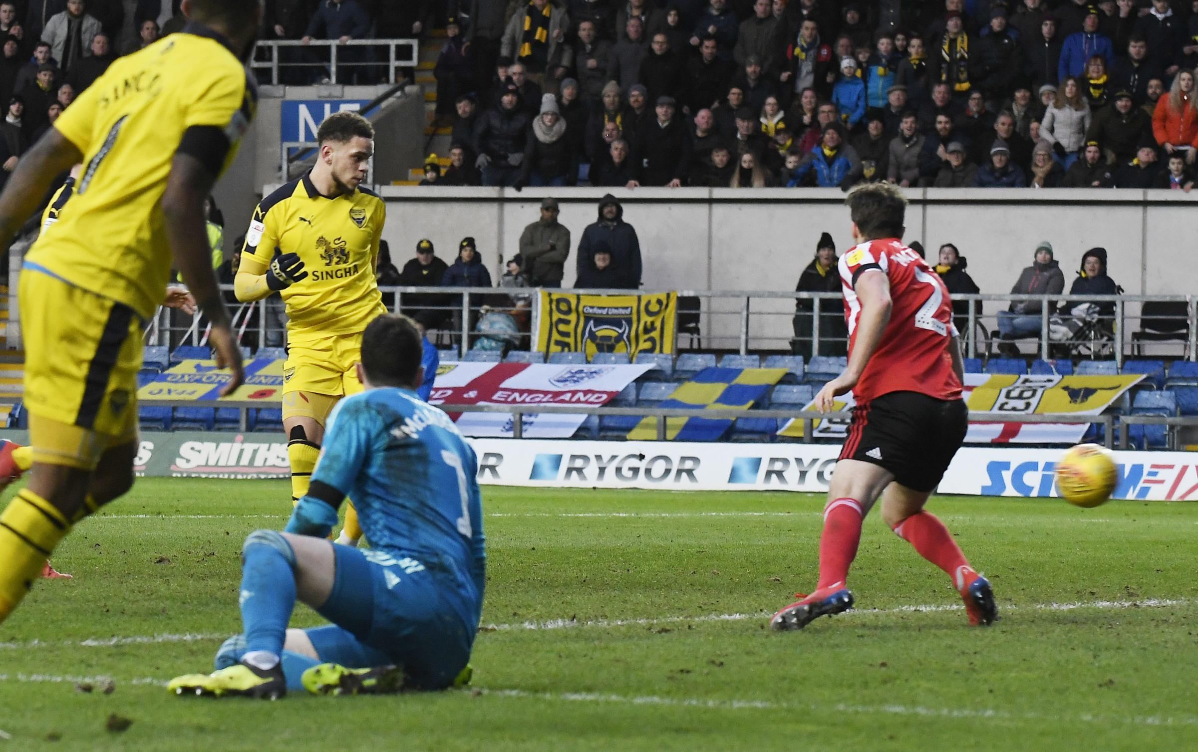 Marcus Browne slots in from Jerome Sinclair's pass to equalise for Oxford United against Sunderland on Saturday 	               Picture: David Fleming