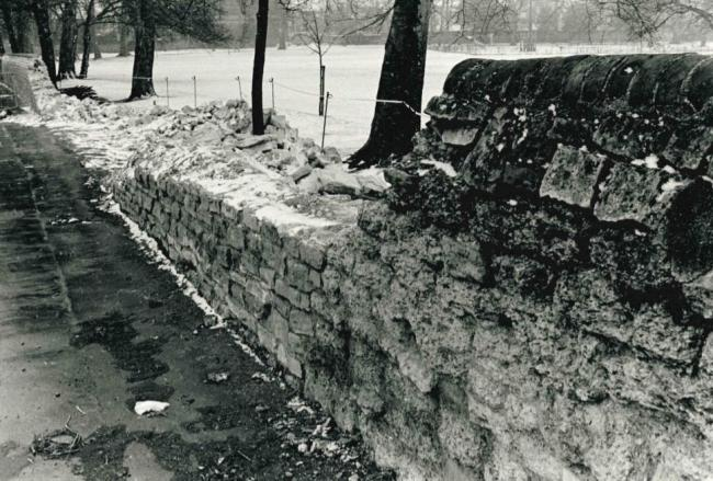 Remember When: Collapse of historic stone wall in Headington in 1986