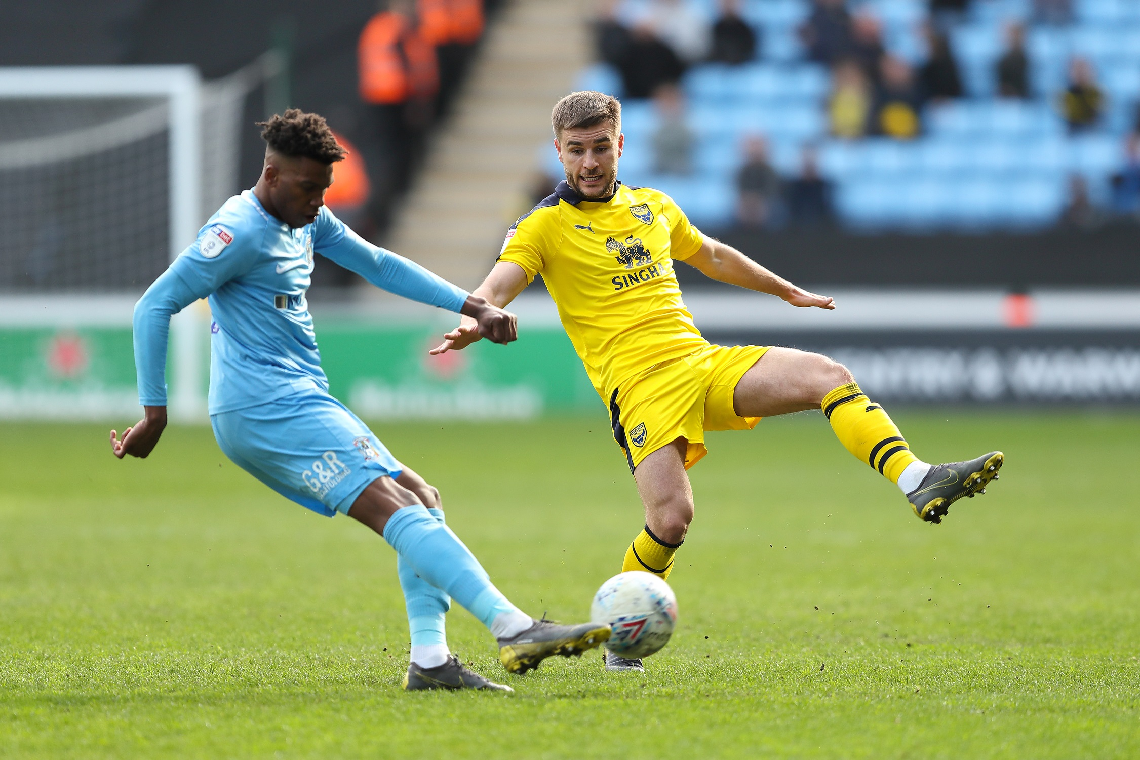 Oxford United's Luke Garbutt puts the pressure on in the win at Coventry City  Picture: James Williamson