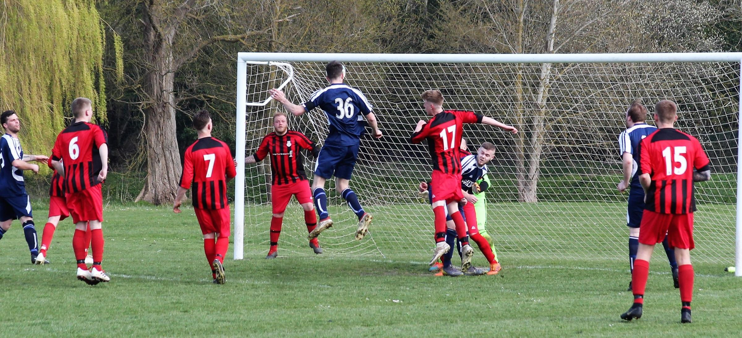 George Smith heads Hagbourne's opener in their AG Kingham Cup semi-final victory over Berinsfield Res
