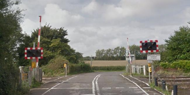 Sandy Lane level crossing