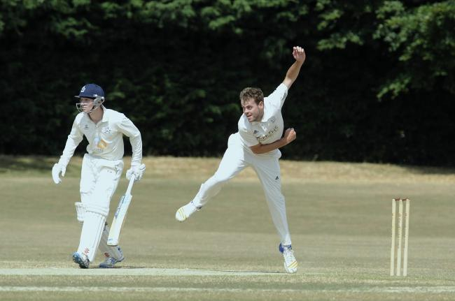 Rob Keat took 3-16 from ten overs in Oxford's dramatic win on Saturday
